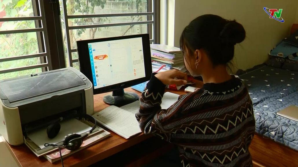 Nhiều giải pháp khắc phục khó khăn trong dạy và học trực tuyến tại huyện miền núi Định Hóa