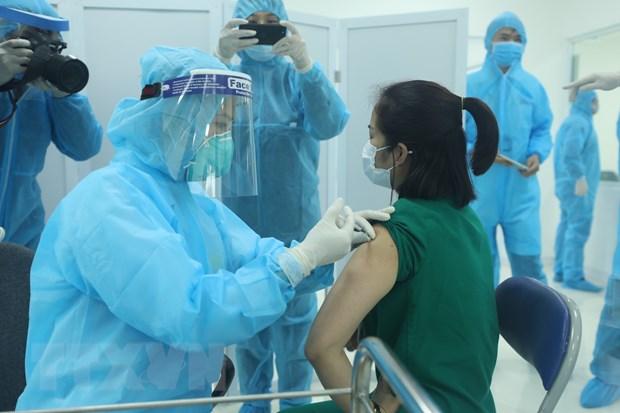 Hôm nay, Việt Nam bắt đầu tiêm vắcxin phòng COVID-19 tại nhiều nơi