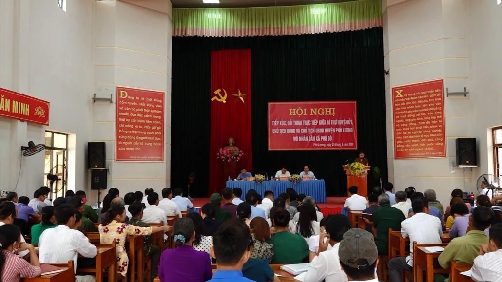 富平县人委会与四号都市区居民进行对话